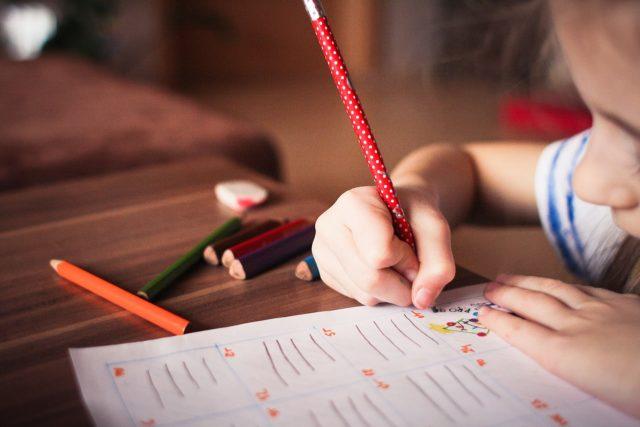 papel de los padres en la educacion de los hijos